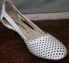 Туфли женские на низком каблуке Evromoda 101-6 White.