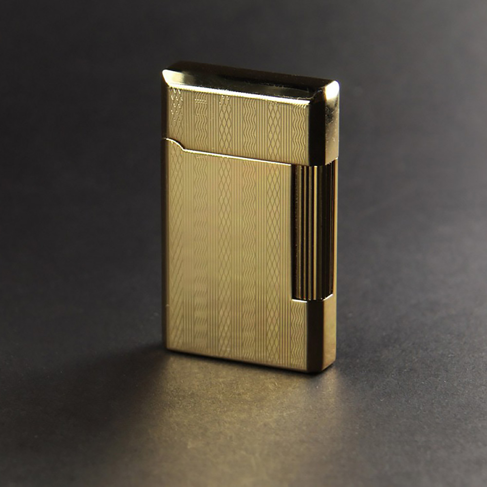 Зажигалка Pierre Cardin кремниевая газовая, цвет позолота с насечкой, 3,7х1,1х6см