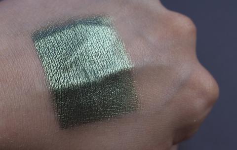 Bernovich Рассыпчатые тени-пигмент для век тон 23 1,5г