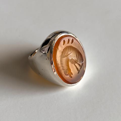 Кольцо-печатка с инталией 15 (сердолик, овал, птица)