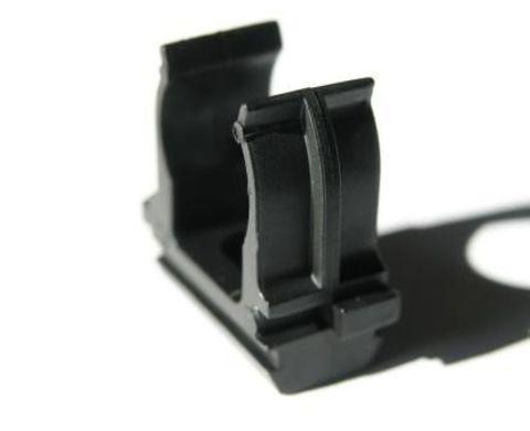 Крепеж-клипса для трубы ПНД 25 мм черная TDM