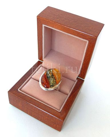 футляр ювелирный из дерева под кольцо
