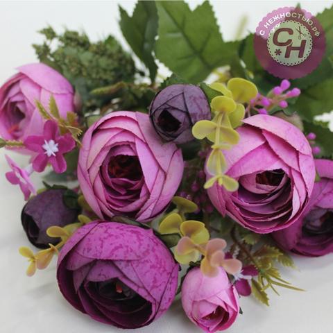 Букет камелий Матовых с цветочной добавкой, 5 веток, 32 см.