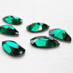 3230 Пришивные стразы Сваровски капля Emerald (12х7 мм)
