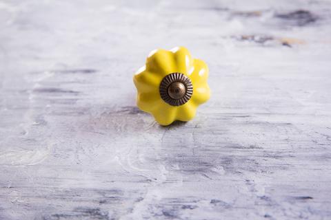 Ручка мебельная керамическая желтая, арт. 00001059