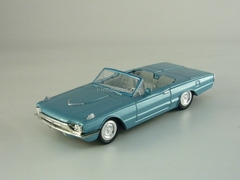 Ford Thunderbird '66 New Ray 1:43