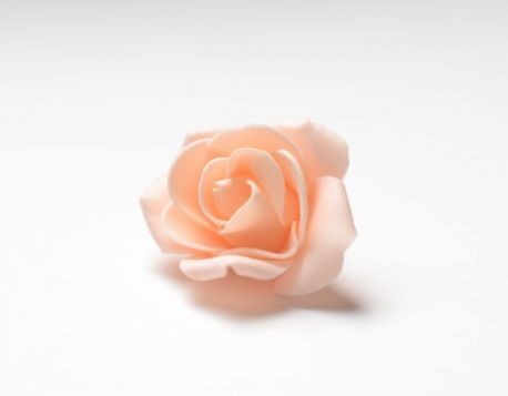 Цветок розы средней 5-6 см (фоамиран).