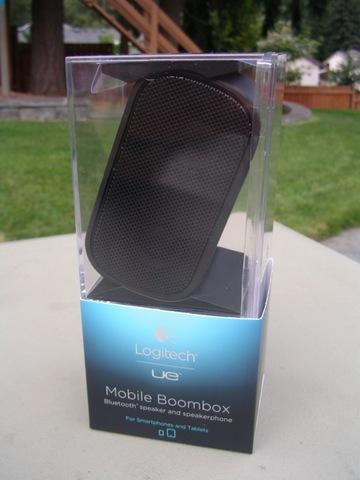 LOGITECH_UE_Mobile_Boombox_Black-8.jpg