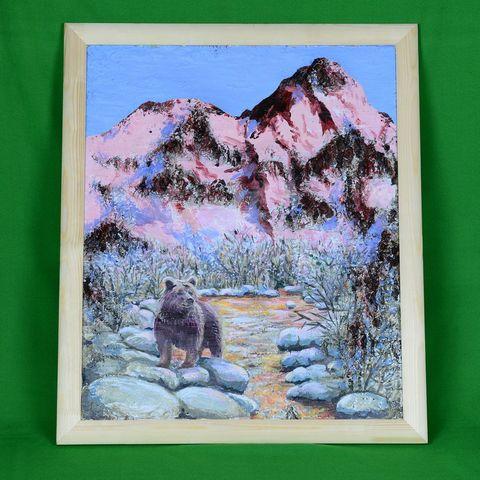 Картина на бересте Медведь и вершина