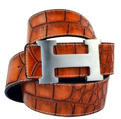 Модный оригинальный брендовый мужской джинсовый прошитый рыжий (оранжевый) ремень HERMES (Гермес) 40 мм из искусственной кожи под крокодила 40brend-KZ-068 с матовой пряжкой
