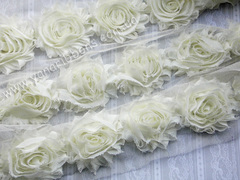 Шифоновые шебби-розы молочные  диаметр 6 см