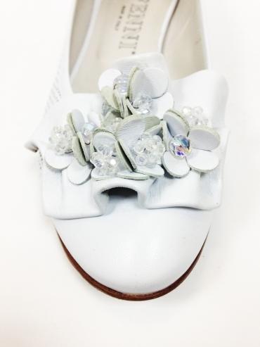 Летние туфли Fenni из кожи белого цвета 2733, артикул 2733, сезон лето, цвет белый, материал кожа, цена 4 500 руб., veroitaly.ru
