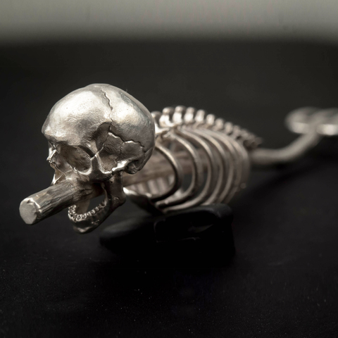 Вилы. Серебряная вилка