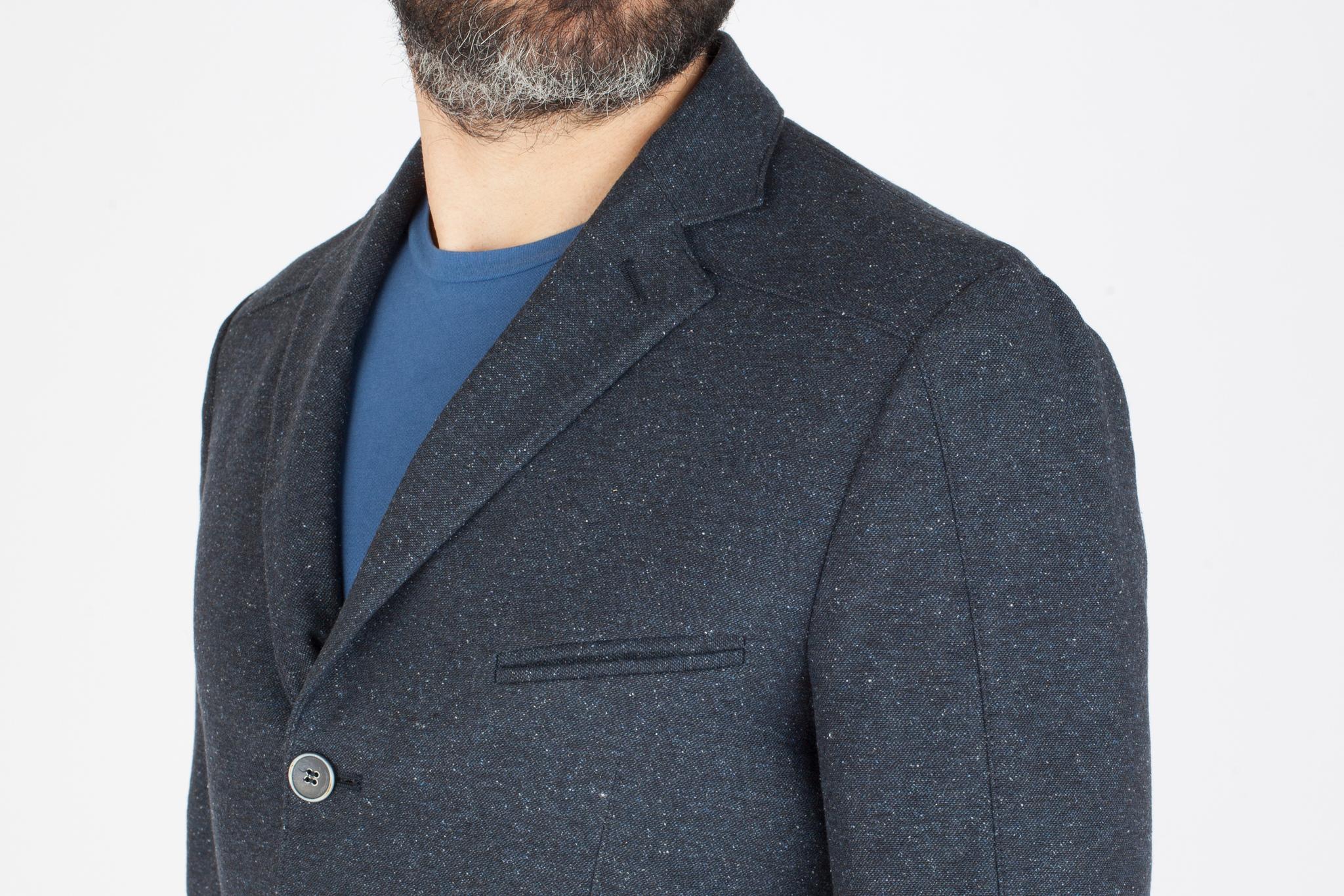 Тёмно-синий пиджак из шерсти, хлопка, шёлка и синтетики, нагрудный карман