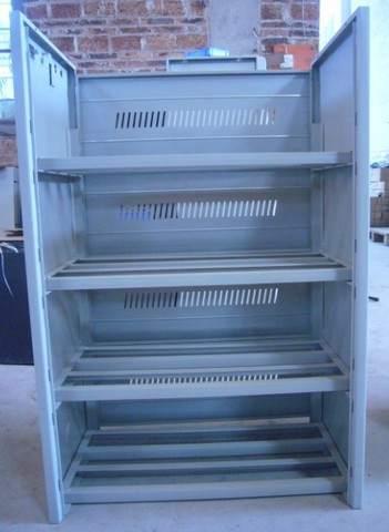 Железный шкаф для АКБ Gewald Electric C16-25 - фото 2