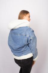 джинсовая куртка с мехом с капюшоном недорого