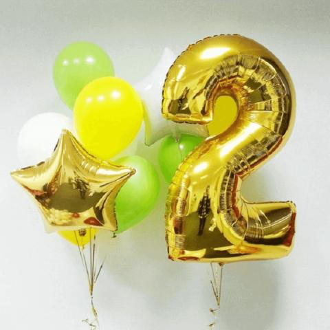 Набор из золотой цифры, звезды и обычных шариков