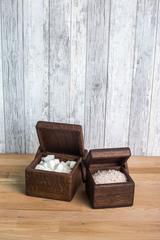 """Фото для сравнения размеров двух моделей """"Кубик"""" и """"Большой кубик"""""""