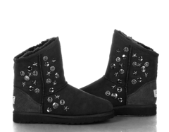 /collection/jimmy-choo-snow-boots/product/ugg-jimmy-choo-starlit-black-2