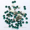 2058 Стразы Сваровски холодной фиксации Emerald ss 5 (1,8-1,9 мм), 20 штук (WP_20140815_13_26_20_Pro__highres)