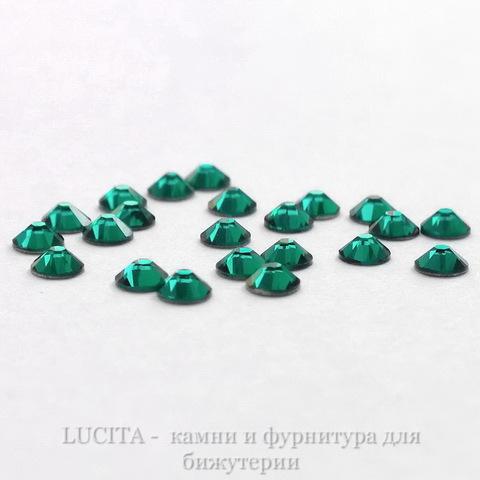 2058 Стразы Сваровски холодной фиксации Emerald ss 5 (1,8-1,9 мм), 20 штук (WP_20140815_13_30_43_Pro)
