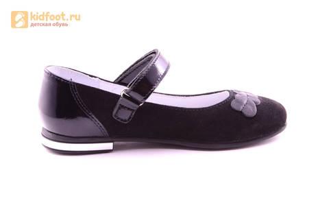 Туфли для девочек из натуральной кожи и велюра на липучке Лель (LEL), цвет черный. Изображение 4 из 17.