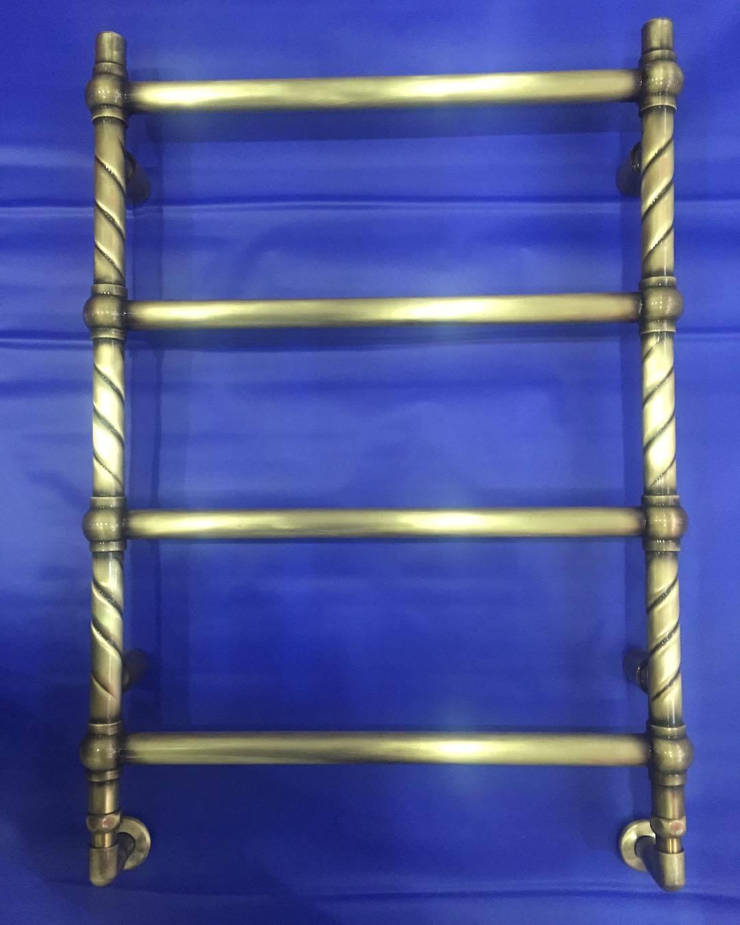 Retro B Vinage - бронзовый полотенцесушитель в стиле ретро.
