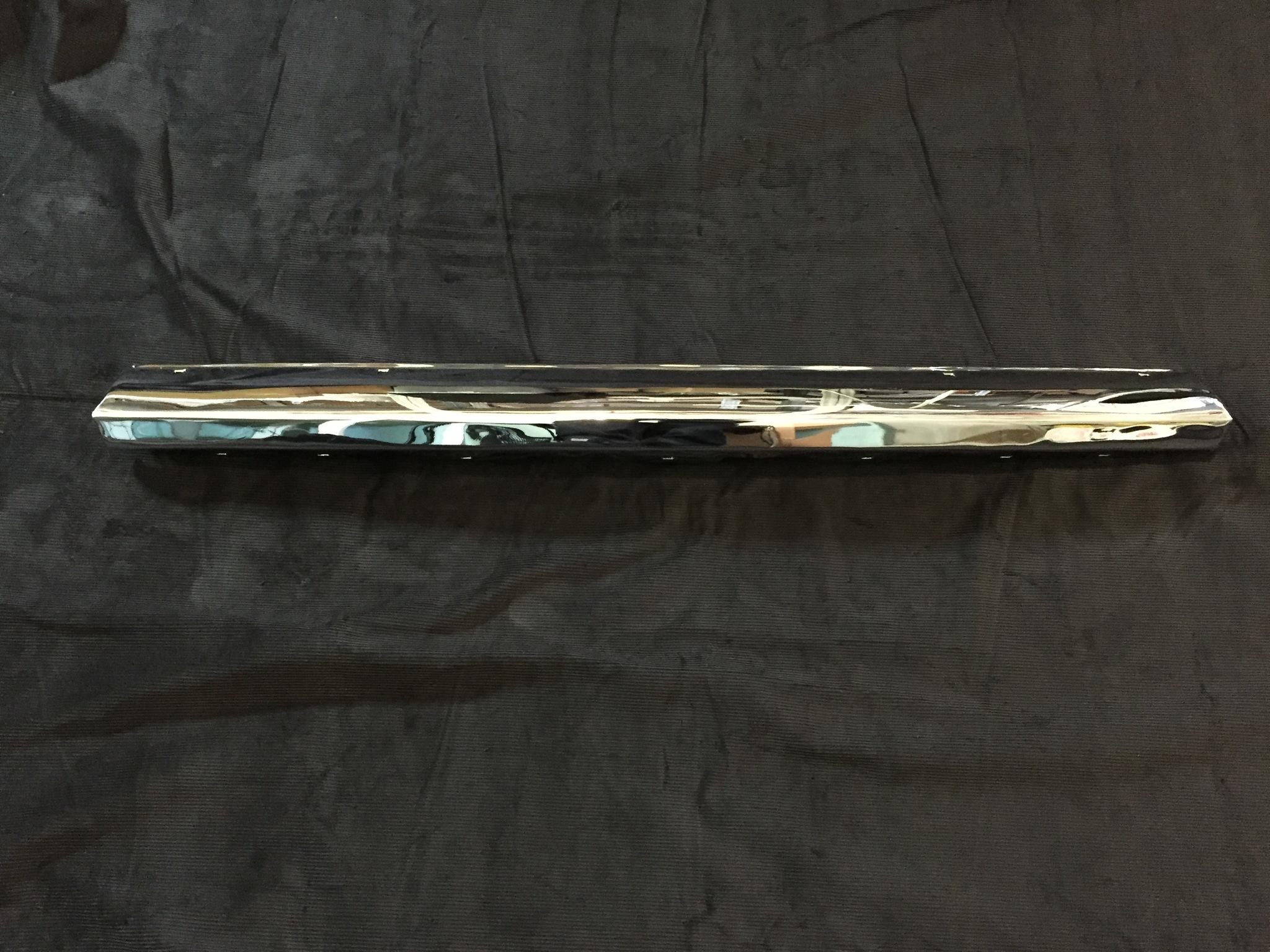 Средняя часть заднего бампера Газ 21 3 серии