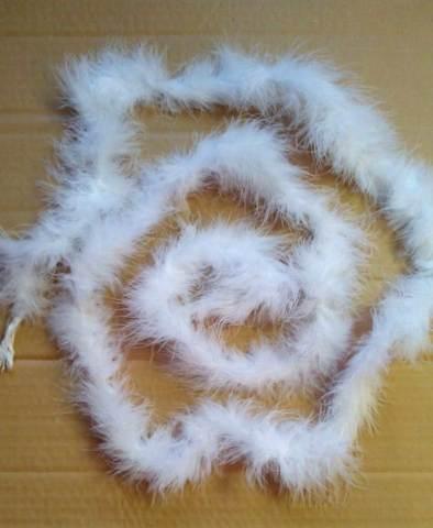 Боа  из пуха  15 гр.,  1,9 м.  цвет белый