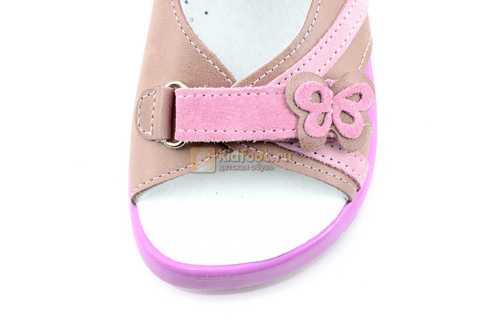 Босоножки Тотто из натуральной кожи с открытым носом для девочек, цвет ирис розовый. Изображение 10 из 12.