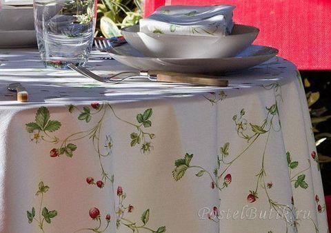 Cкатерть 170x260 и 12 салфеток Mirabello Strawberry белые