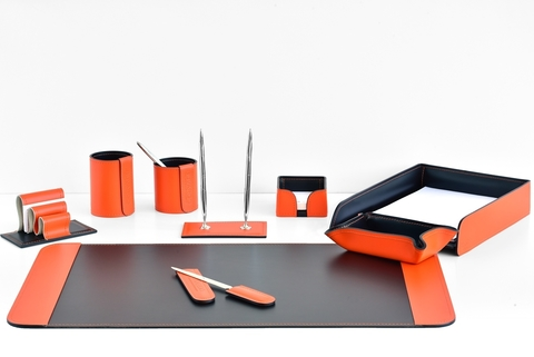 Настольный набор 9 предметов из кожи цвет оранж/шоколад