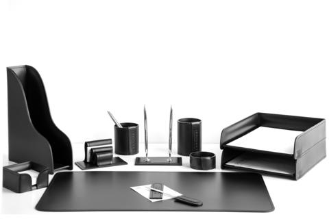 Настольный набор на стол руководителя из черной итальянской кожи Cuoietto. Артикул 1201
