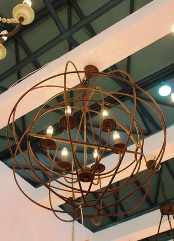 vintage chandelier  01-54 ( by Funky Vintage )