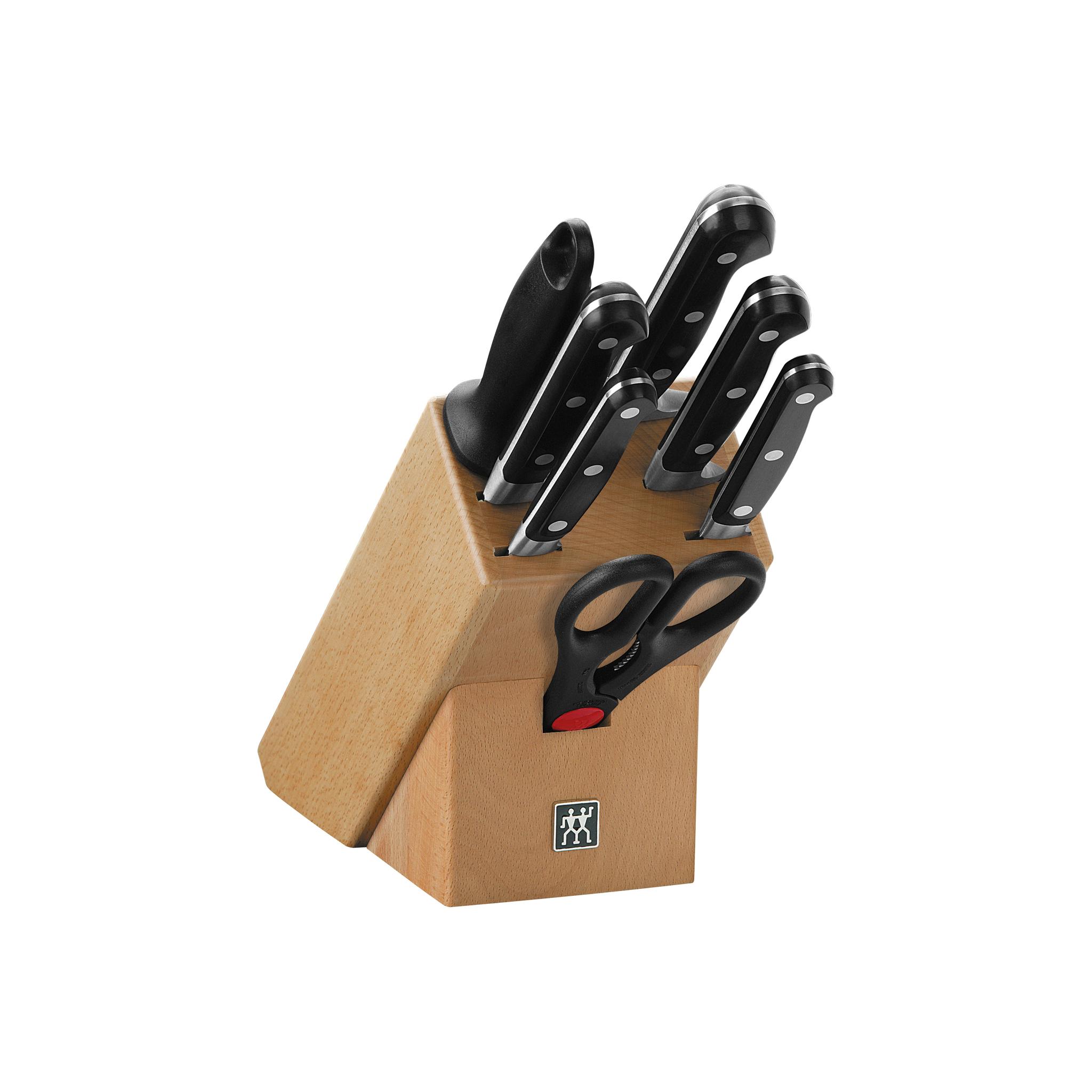 Набор из 5 ножей, мусата и ножниц в подставке Zwilling Professional S 35662-000Наборы однослойных ножей (от-2300руб.)<br>Набор из 5 ножей, мусата и ножниц в подставке Zwilling Professional S 35662-000<br><br><br>В набор Professional S входят:<br><br>нож для овощей 100 мм<br>нож универсальный 130 мм<br>нож для нарезки 200 мм<br>нож для хлеба 200 мм<br>нож поварской 200 мм<br>мусат стальной 230 мм<br>ножницы многофункциональные<br>деревянная подставка<br><br>Ножи: овощной, универсальный, для нарезки,поварской, хлебный; мусат; ножницы; подставка (дерево). Ножи изготовлены из высококачественной нержавеющей стали, рукоятка покрыта пластиком. <br>Мыть теплой водой с применением жидкого моющего средства, вытирать насухо. Мыть теплой водой с применением жидкого моющего средства, вытирать насухо. Использовать специальную разделочную поверхность (деревянную или пластиковую). Не использовать в качестве открывалки или отвертки, не ронять на пол, не класть на горячие конфорки. Подставку протирать по мере загрязнения влажной тряпочкой, иногда наносить тонким слоем растительное масло для предотвращения впитывания деревом воды, не оставлять в воде, не мыть в посудомоечной машине, не ставить около источников интенсивного тепла, не рекомендуем также хранить во влажных условиях. Использовать только по назначению! Хранить в недоступном для детей месте.<br>Изготовитель: Цвиллинг Джей. Эй. Хенкельс Дейчланд ГмбХ, Грюневальдер Штр., 14-22 Д-42657 Золинген, Германия (Zwilling J.A. Henckels Deutschland GmbH, Grunewalder Str.14-22 D-42657 Solingen Germany).<br>