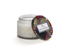 Ароматическая свеча Voluspa Эбеновое дерево и косточковые в маленькой стеклянной банке