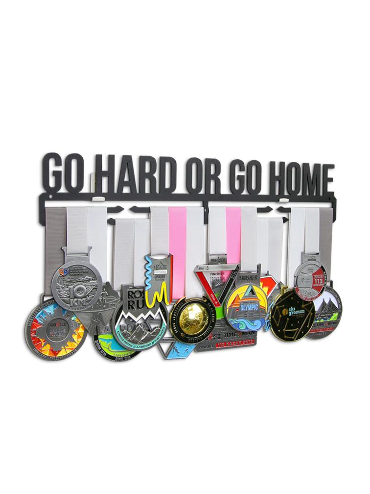 Медальница Go hard or go home