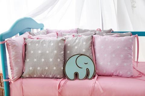 Защита со съемными наволочками в кроватку от комплекта Bravo 12 шт 3-03-1 Розово-серая звезда