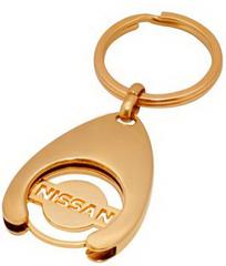 Брелок позолоченный с логотипом Nissan