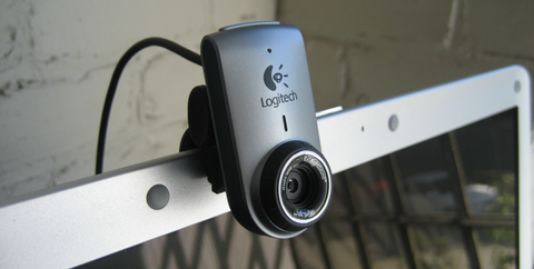 LOGITECH_QuickCam_Deluxe_for_Notebooks.png