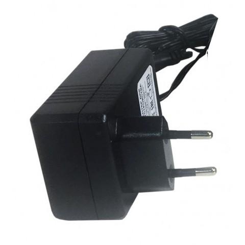Зарядное устройство 12В FAVOURITE CD12Li-777