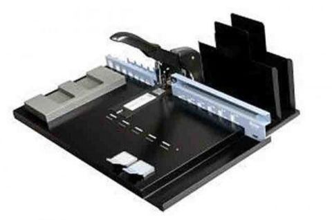 Механический скобошвейный аппарат Fastbind BooXTer Zero Max: формат А6 - А3+; до 20 листов.