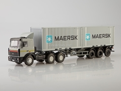 MAZ-6422 with semitrailer container carrier MAZ-938920 Maersk 1:43 Start Scale Models (SSM)