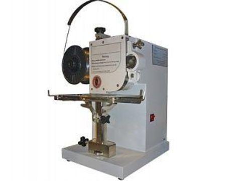 Настольная проволокошвейная машина Grafalex 101