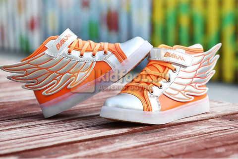 Светящиеся кроссовки с крыльями с USB зарядкой Бебексия (BEIBEIXIA), цвет оранжевый серебряный, светится вся подошва. Изображение 2 из 16.