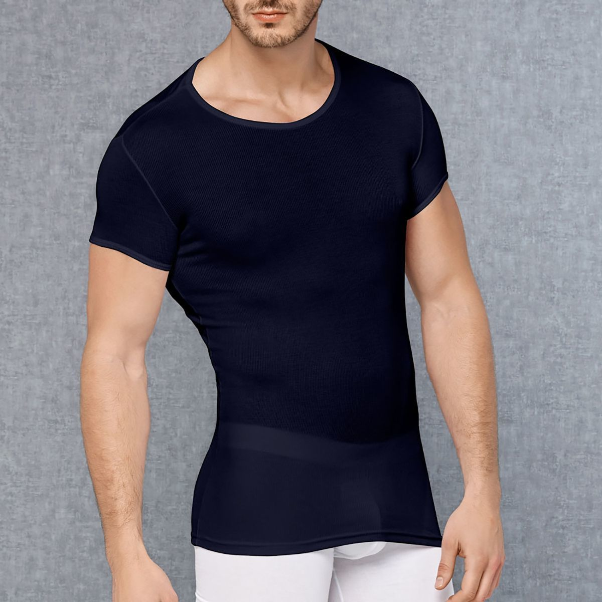 Мужское белье: Мужская обтягивающая футболка в мелкий рубчик