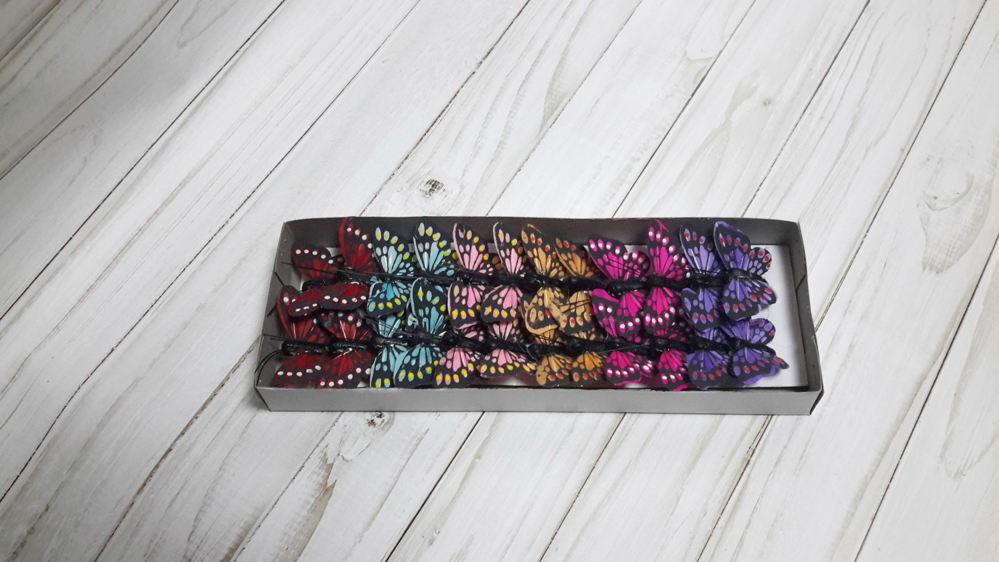 Бабочки декоративные на проволоке, 5 см, 1 шт. МИКС.