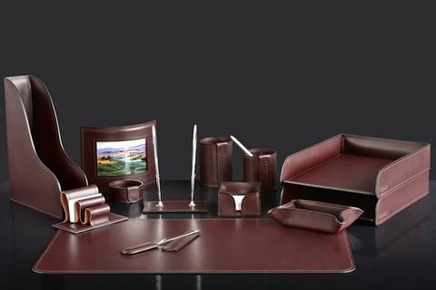 На фото набор на стол руководителя 73417 13 предметов кожа LUX Full Grain цвет