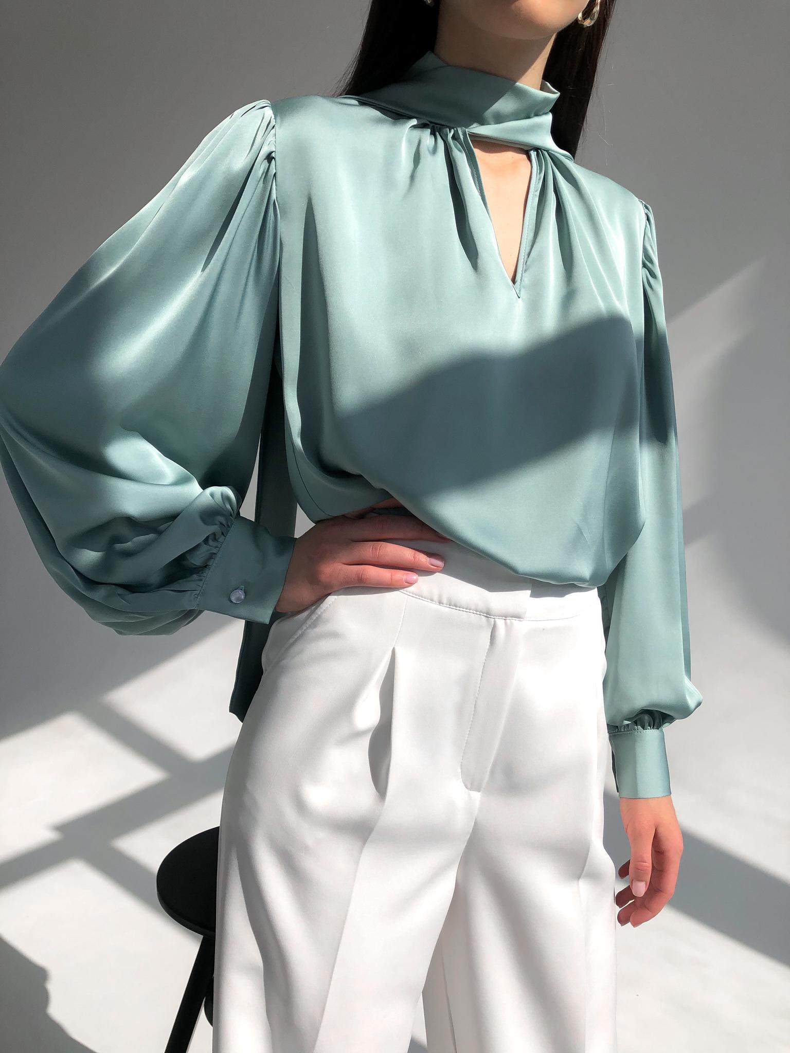 Блуза шелковая однотонная с бантом (светло-зеленый)