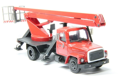 GAZ-3307 lift red Kompanion 1:43